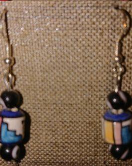 Boucles d'oreilles oeils noirs perle péruvienne