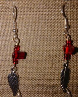 Boucles d'oreilles plume argenté perles rouge