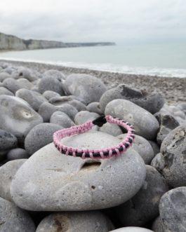 Bracelet entrelacé noir et rose 17cm