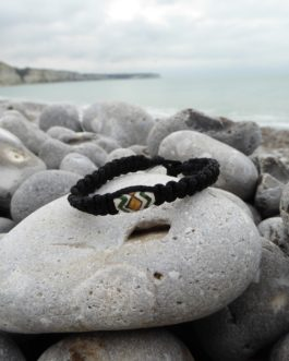 Bracelet noir perle 2