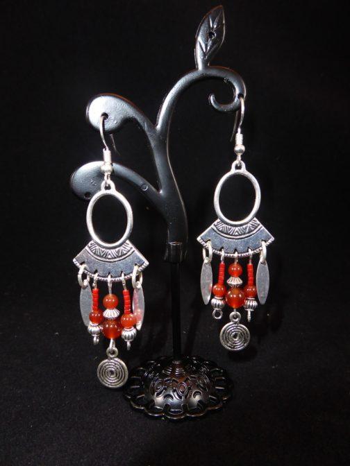 boucles pendantes argentées ethnique cornaline