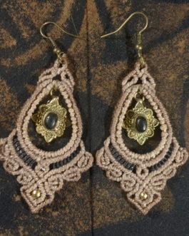 Boucles pendantes gouttes macramé taupe onyx