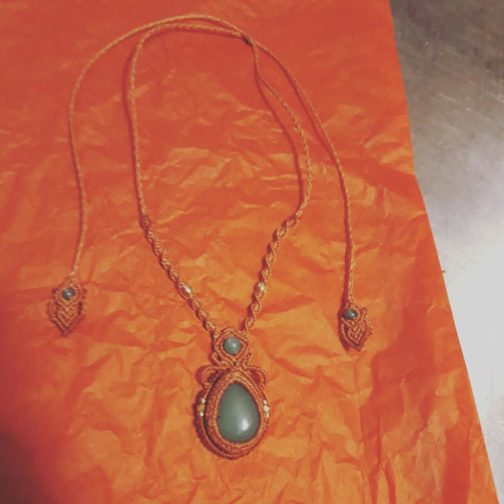 collier minimaliste macramé aventurine cannelle