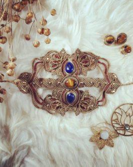 Bracelet manchette macramé oeil-de-tigre lapis-lazuli marron rouge Ânkhti